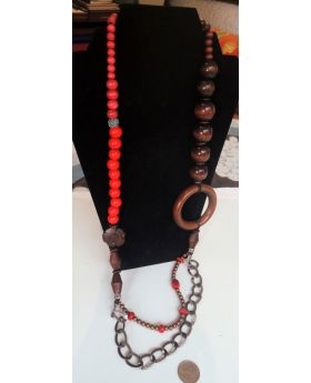 Lilibit Creation Necklace  - Extra Long, Beads of Natural Wood in Red and Shades of Brown
