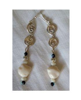 Lilibit Creation Earrings – Drop Earrings in Silver and White