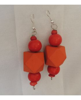 Lilibit Creation Earrings – Drop Earrings in Orange and Red Wood Beads