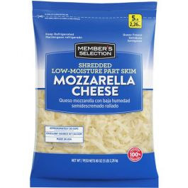 Member's Selection Shredded Low-Moisture Part Skim Mozzarella Cheese 2.26 kg/5 lbs