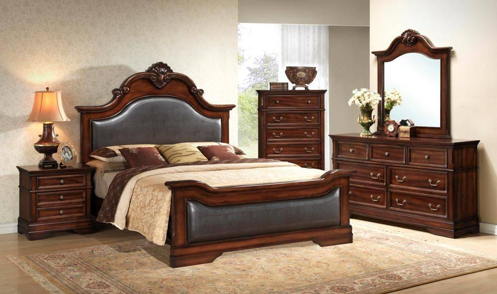 Kelly 8 Pieces King Bedroom Set