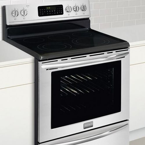 Front-view-Frigidaire-Electric-Ceramic-Top-Stove