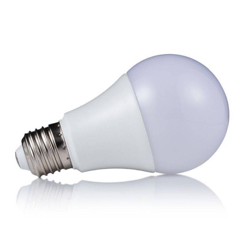 Luminuz LED 7W Warm Light Bulb