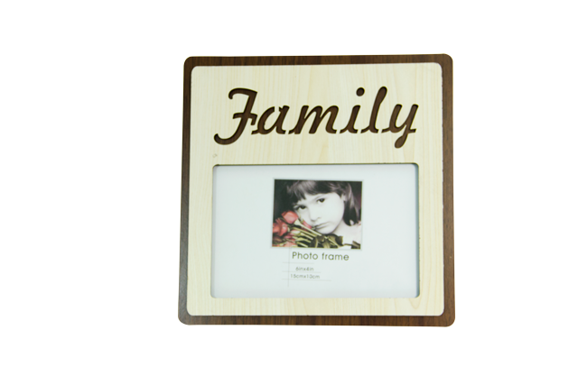 Front-view-of-Rainbow-4x6-Family-Wooden-Photo-Frame