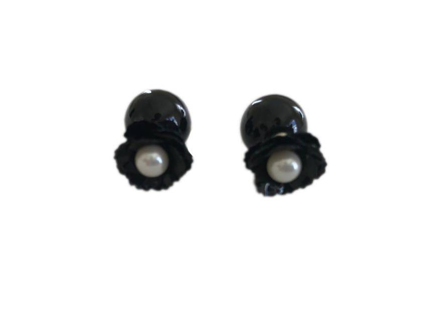 Floral Black Stud With Pearl Center Black Knob Back