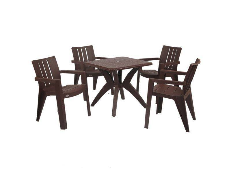 Medium brown dinner table with 4 Kent chairs.