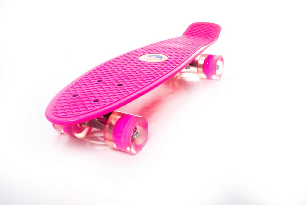 Bubugao Oval Light Up Wheel Skateboard TY-4098
