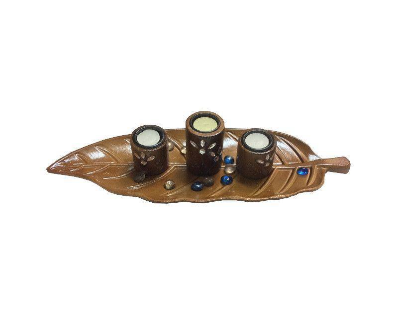 Carved Leaf Wooden Candle Holder Ch 05
