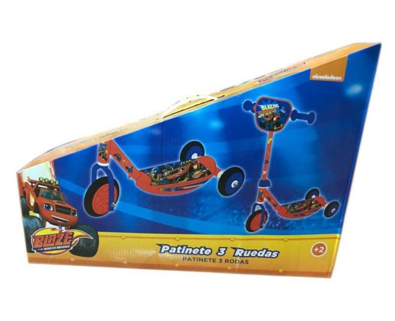 Nickelodeon Blaze Monster Machine 3 Wheel Scooter in the box