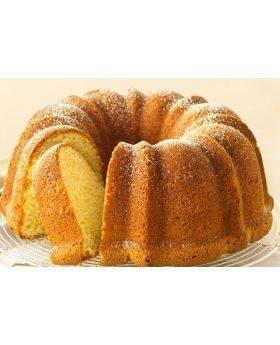 Vanilla Cr鑪e Cake